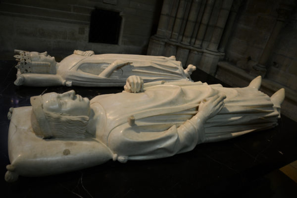 Saint-Denis Cathedral: Recumbent statues of King Charles V and his queen, Jeanne de Bourbon. Photo by Dan Owen (2014).