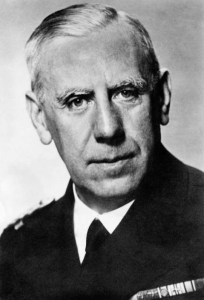 Wilhelm Canaris. Photo by anonymous (c. 1940). German Federal Archives. Bundesarchiv, Bild 146-1979-013-43/CC-BY-SA 3.0. Wikimedia Commons.